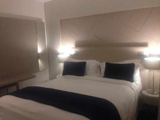 Chambre Junior Suite Coin Nuit Picture Of Hotel Les Bains