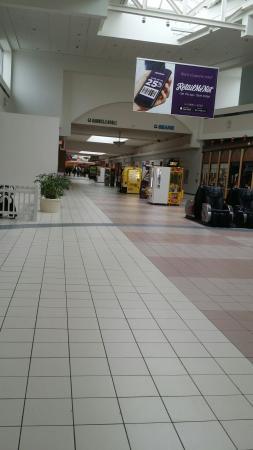 Neshaminy Mall