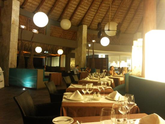 la brisa restaurant picture of barcelo bavaro beach adults only rh tripadvisor ca