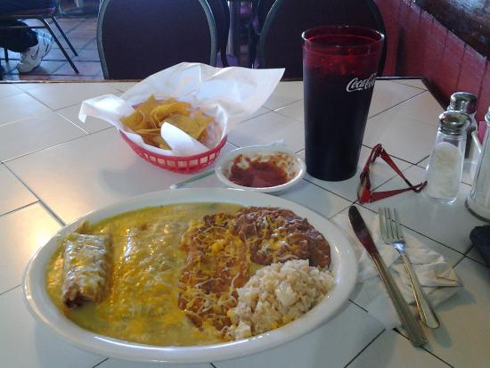 Maria's : Chiles Rellenos
