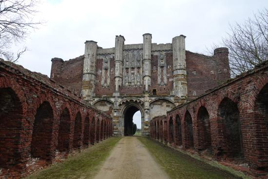 Ulceby United Kingdom  city pictures gallery : ... Abbey Picture of Thornton Abbey and Gatehouse, Ulceby TripAdvisor