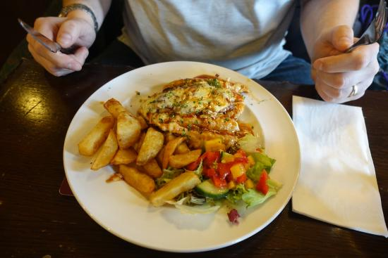 The Yarborough Arms: Smothered Chicken