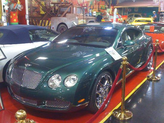 Volo, IL: Michael Jordans Bentley