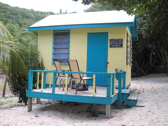 Little beach cabin picture of ivan 39 s stress free guest for Beach cabin kits