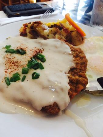 Awful Annie's: Fantastic Breakfast! The Bacon flight was amazing. The chicken fried steak was the best I've had