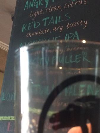 Mad Horse Brew Pub: Beer