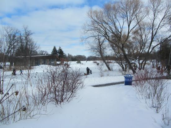 Selkirk, Canadá: ice fishing o the Red River