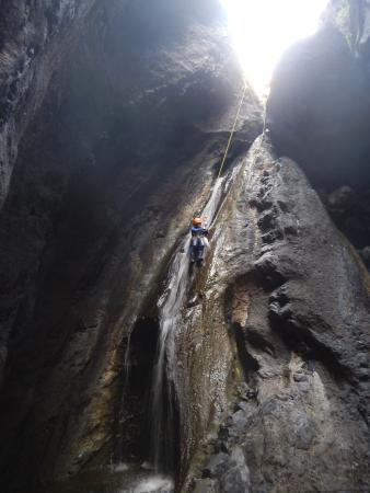 Canyon Tenerife: Another nice wet abseil