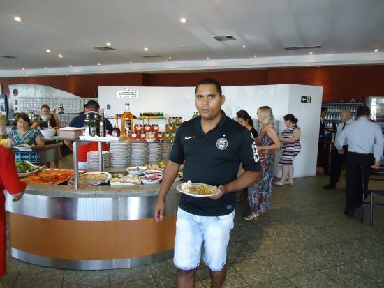 Churrascaria Recanto Gaúcho: buffet saladas e frios