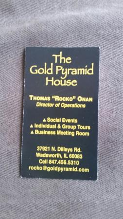 Wadsworth, IL: Gold Pyramid House