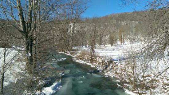 Green River Inn: View from the bridge near the inn (Feb 16)