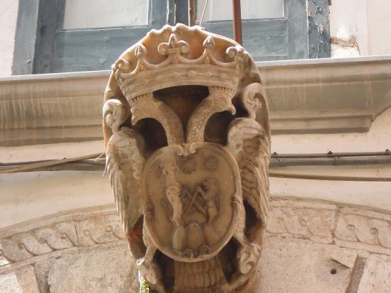 Palazzo d'Avossa