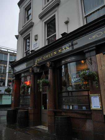 wej cie do hostelu przez pub picture of publove at the green man rh tripadvisor com