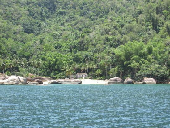 Vermelha Beach: Praia de Itaguaçu