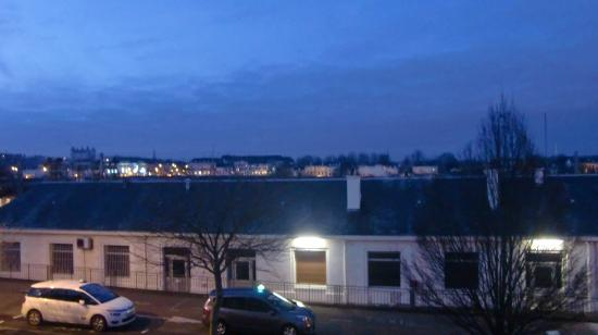 Hotel l'Ecuyer : 部屋からの眺め早朝