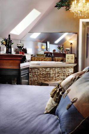 english manor suite jacuzzi picture of annville inn annville rh tripadvisor com