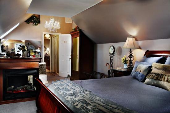 english manor suite picture of annville inn annville tripadvisor rh tripadvisor com