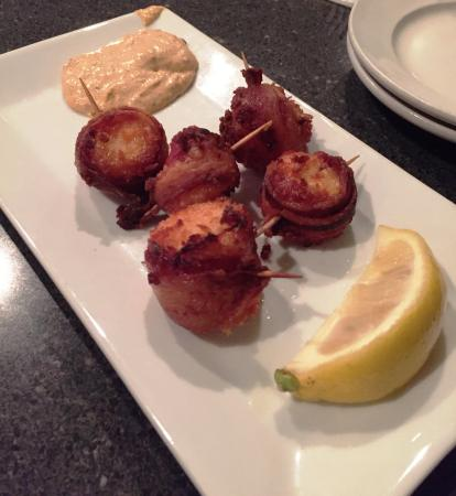 Hampstead, NH: Bacon wrapped scallops
