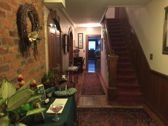 Lovill House Inn - Bed and Breakfast: photo3.jpg