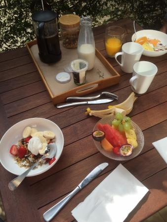 Cavvanbah Beach House: Our kind of Breakfast - Delicious!