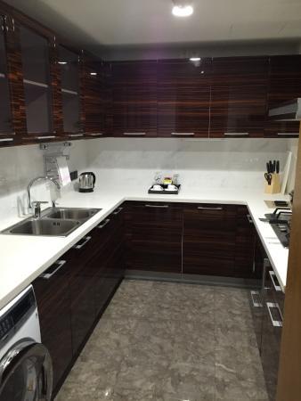 Lee Garden Service Apartment Beijing: Kitchen in the 1 Bedroom Suite