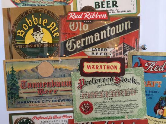 Milwaukee County Historical Society: Exhibit display.