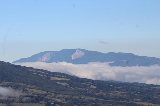 Lagunillas Lodge: Baru Volcano on the left, Irazu Volcano. view off deck of cabina