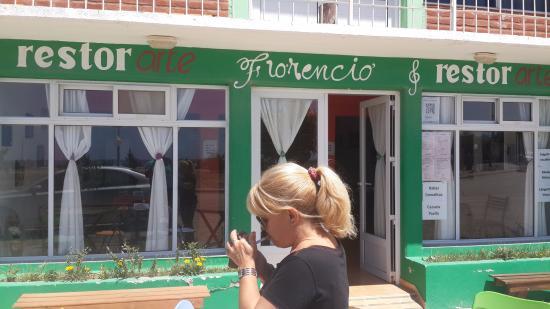Sierra Grande, Arjantin: Excelente restaurant fte al mar.....para degustar exquisitos mariscos, atencion personalizada
