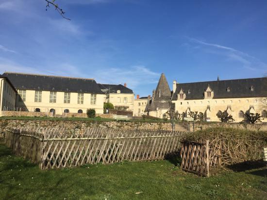 medieval style pottager garden picture of fontevraud l 39 hotel fontevraud l 39 abbaye tripadvisor. Black Bedroom Furniture Sets. Home Design Ideas