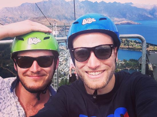 Queenstown, Nowa Zelandia: Chairlift offered a good chance for more views and photos