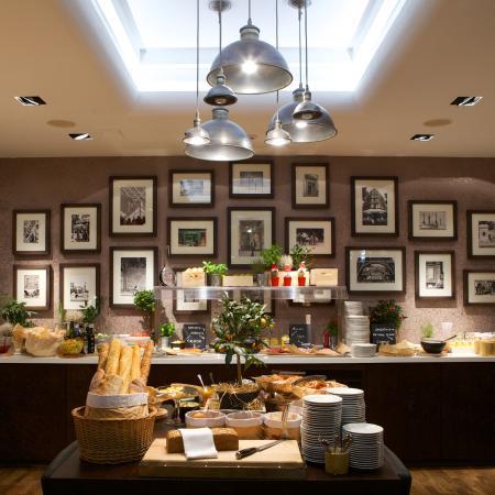 Radisson Blu Royal Astorija Hotel, Vilnius: Super Breakfast