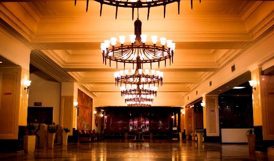 Olympic Hotel: lobby lounge