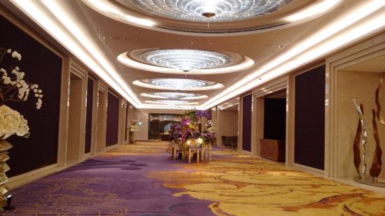 lobby raffles jakarta picture of raffles jakarta jakarta rh tripadvisor co uk