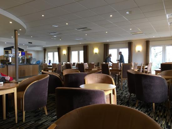 Interior - Holiday Inn Express Peterborough Photo
