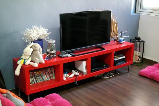 the kitchen picture of burrow hostel at smith singapore tripadvisor rh tripadvisor com