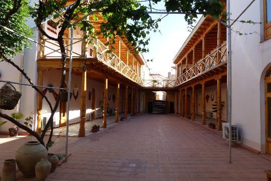 Hotel Bibikhanum