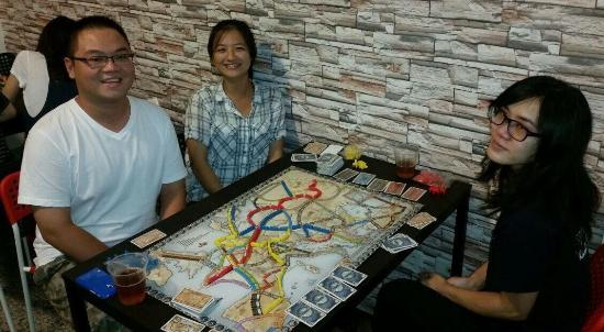 BROS. Boardgame Cafe