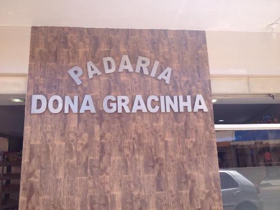 Bocaiuva, MG: Detalhe da fachada