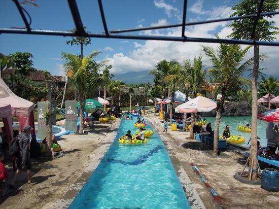 Riza0046 Large Jpg Foto Saygon Waterpark Pasuruan