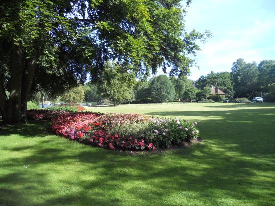 Hermosos jardines picture of djurgarden stockholm for Jardines mexico