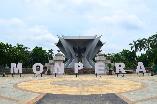 Image result for monumen perjuangan palembang