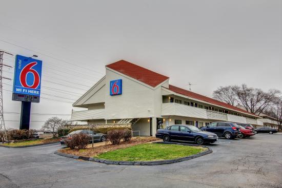 motel 6 springfield north 56 6 2 updated 2018. Black Bedroom Furniture Sets. Home Design Ideas