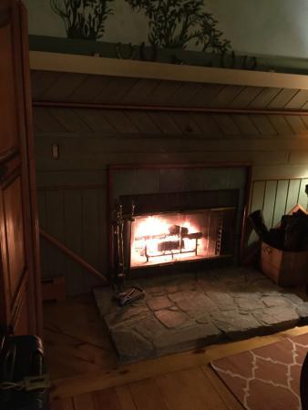 Abbey's Lantern Hill Inn: photo1.jpg