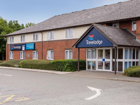‪Travelodge Wakefield Woolley Edge M1 Northbound‬