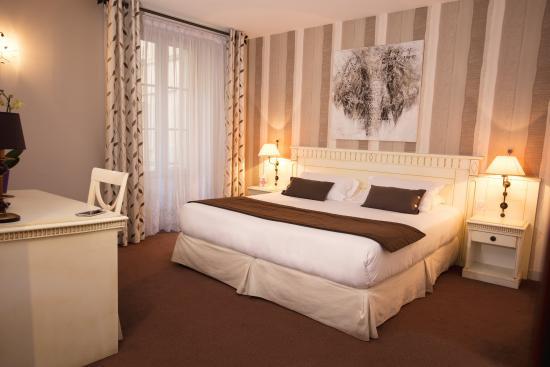 Royal Hotel: Chambre supérieur