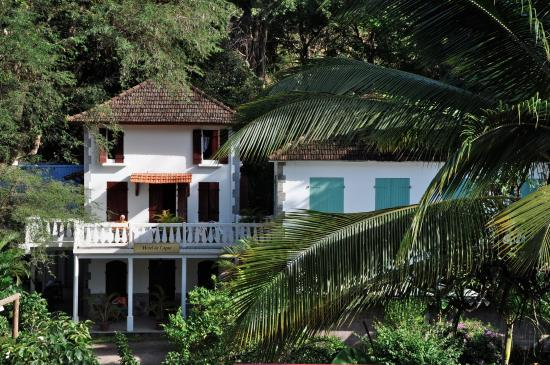 Residence hoteliere de l 39 anse hotel le carbet martinique for Residence hoteliere