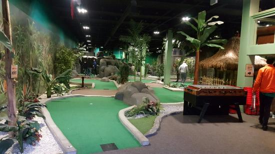 ‪Jungle Rumble Adventure Golf‬