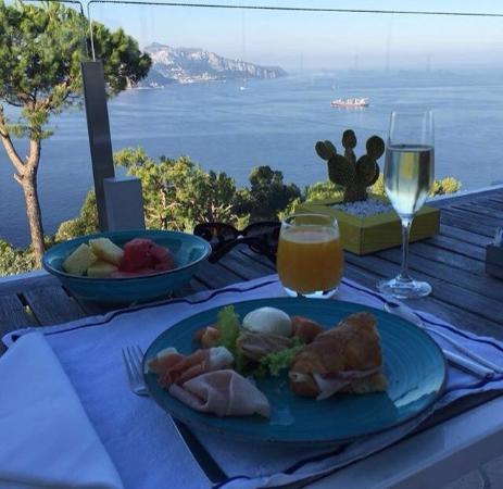 immagine Relais Blu Belvedere Restaurant In Napoli