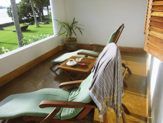 Peponi Hotel: Morning coffee on private porch