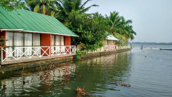 Emarald Pristine Island Floating Resort : IMG_20160209_084028_HDR_large.jpg